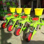 HAMCO sản xuất mẫu mới máy gieo ngô 4 hàng kết hợp bón phân