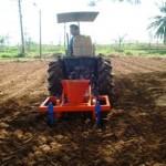 Nghiên cứu, thiết kế chế tạo máy gieo đậu phộng liên hợp bón phân